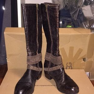 2021a684cc2 NWT UGG Esplanade crocodile java leather boots NWT
